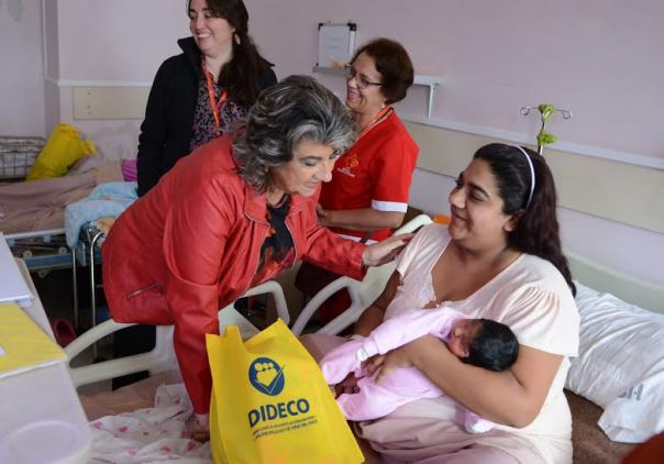 Alcaldesa Virginia Reginato, maternidad Gustavo Fricke 2016, 3